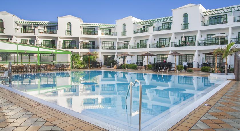 Apartamentos Club Del Carmen
