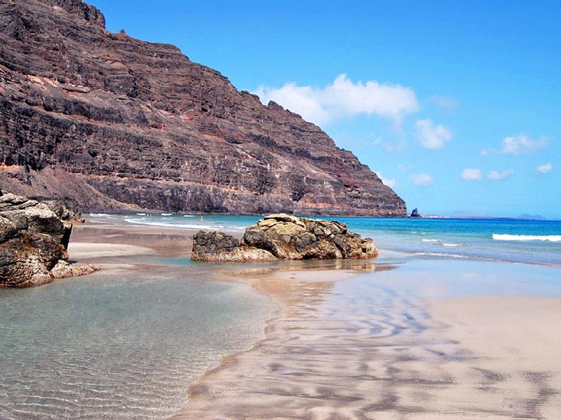 El Atlántico te ofrece un sinfín de oportunidades en las costas de Lanzarote