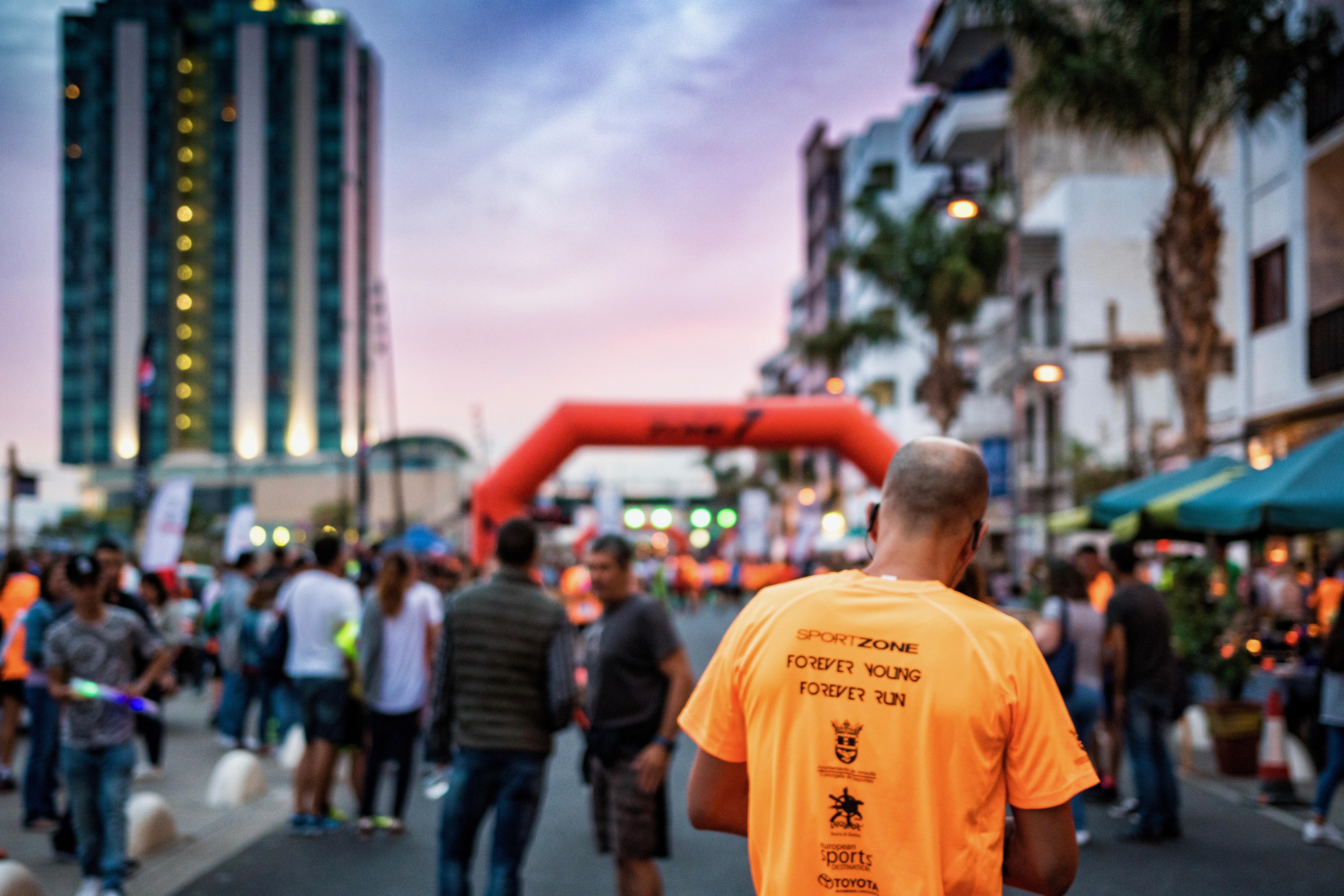 Más de 1.400 corredores inscritos en la 'Dacia Disco Night Urban Race Ciudad de Arrecife'